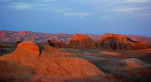 大漠奇观-中国最瑰丽的雅丹地貌 - 今天我活着 - 今天我活着